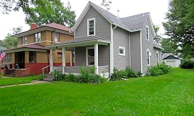 Building, 926 E Bowman St, 2