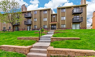 Building, Maple View Apartment Homes, 1