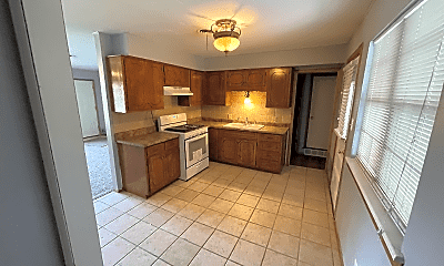 Kitchen, 4304 NW Hoover Ave, 1