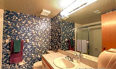 Bathroom, 1050 N Atlantic Ave 708, 2