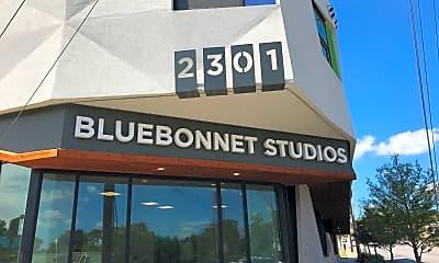 Bluebonnet Studios, 1