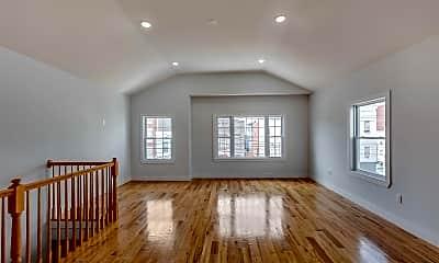 Living Room, 170 Webster Ave 2, 0