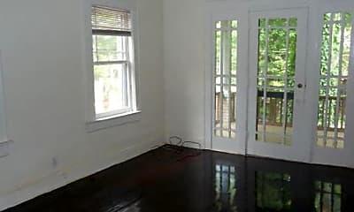 Living Room, 718 Argonne Ave NE, 2