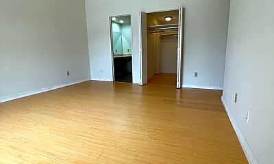 Living Room, 18300 Collins St, 1