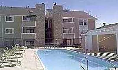 Conifer Landing Apartment Homes, 1