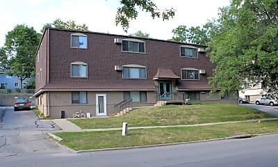Building, 1108 Oakcrest St, 2