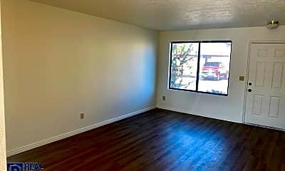 Living Room, 850 E 600 S, 1