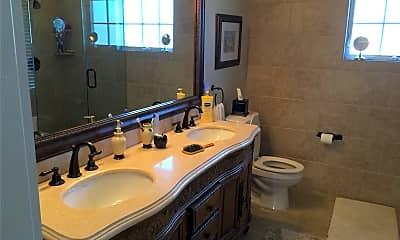 Bathroom, 29 Whiting Rd, 2