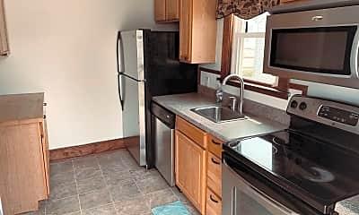 Kitchen, 1024 S Bradford St, 1