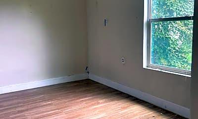 Bedroom, 413 N Live Oak St, 2