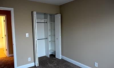 Bedroom, 20917 Bloomfield Drive, 2