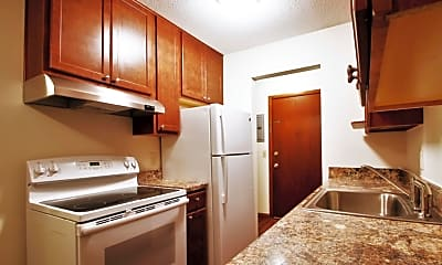 Kitchen, L7 Flats, 0