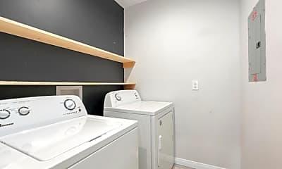 Bathroom, 1207 Florence St, 2