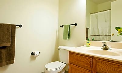 Bathroom, Forest Glen Apartments, 2