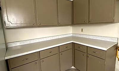 Kitchen, 3210 13 Colony Mall, 1