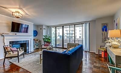 Living Room, 4620 N Park Ave 511E, 1