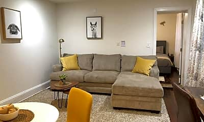 Living Room, 2033 Spruce St, 2