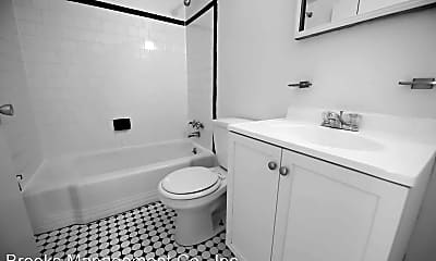 Bathroom, 4221 Hickory Ave, 2