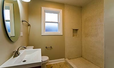 Bathroom, 8346 S Phillips Ave, 1