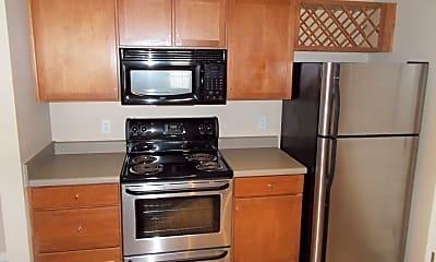 Kitchen, 745 Walker Square, 1