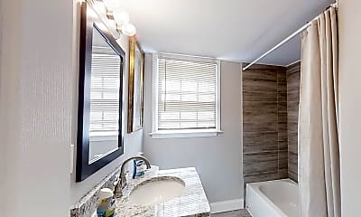 Bathroom, Room for Rent -  a 4 minute walk to bus stop S Ind, 0