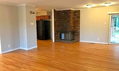 Living Room, 5 White Fox Ct, 1