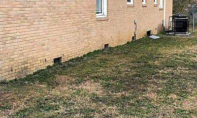 Building, 840 Oleander Dr, 1
