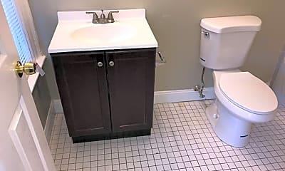 Bathroom, 3001 Washington St, 1