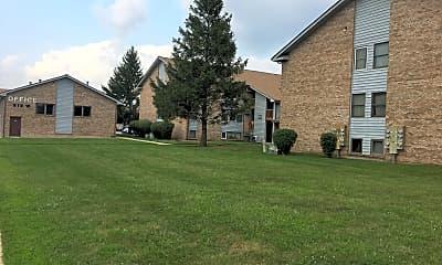 West Ridge Apartments, 2