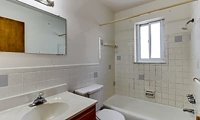 Bathroom, Brentwood Apartments, 2