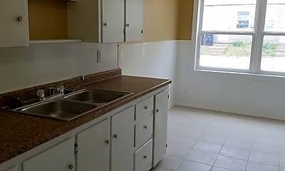 Kitchen, 906 S High St, 0