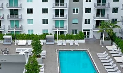 Pool, 710 NW 2nd St, 0