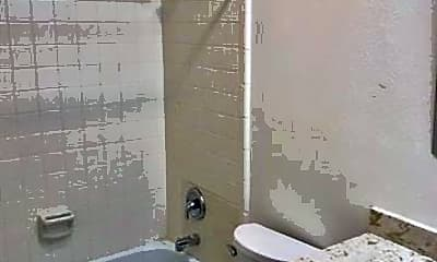 Bathroom, 2500 Vivian St 2, 2