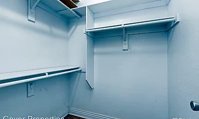 Bedroom, 523 N Storer Ave, 2