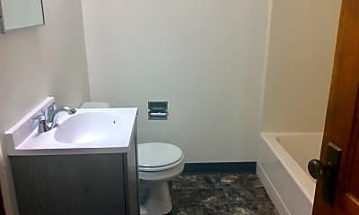 Bathroom, 145 10th Ave W, 2