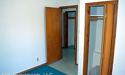 Bedroom, 314 W Wisconsin Ave, 2
