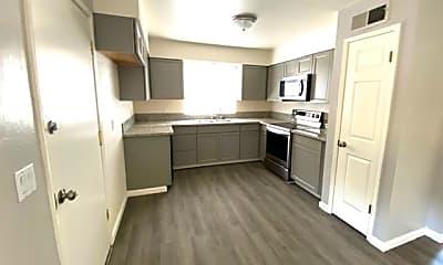 Kitchen, 1447 Gettysburg Ave, 0