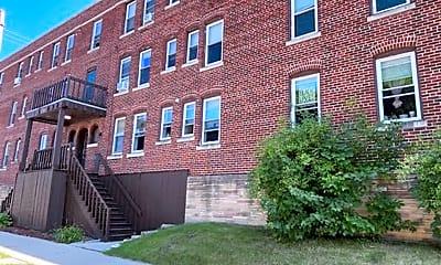Building, 1709 E Park Pl, 0