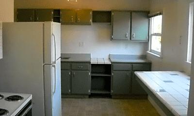 Kitchen, 836 Shearer St, 2