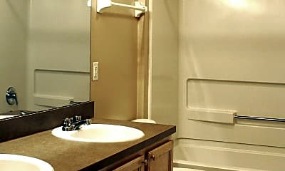 Bathroom, The Lakes At Woodmont, 2