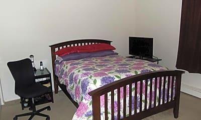 Bedroom, Green Oaks Apartments, 2