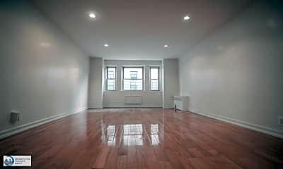 Living Room, 5 W 91st St, 0