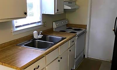 Kitchen, 803 Davenport Road, 2