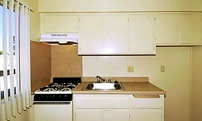 Kitchen, Country Woods Apartments, 2