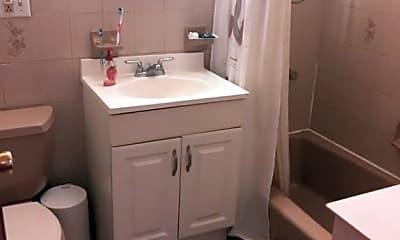 Bathroom, 76 4th Pl 2, 2