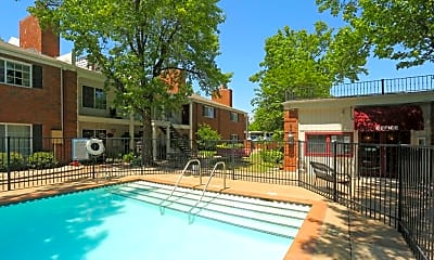 Pool, Southern Elms, 0