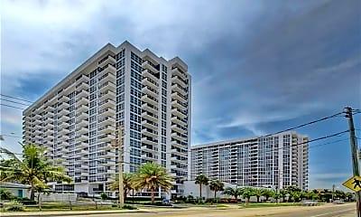 Building, 525 N Ocean Blvd 525, 1