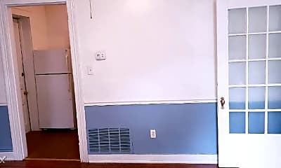 Kitchen, 125 W Ormsby Ave, 2