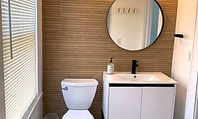 Bathroom, 208 Lockwood Pl, 1