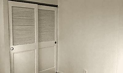 Bedroom, 138 S Brown School Rd, 2